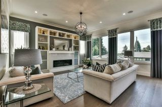 Photo 5: 8033 BRADLEY Avenue in Burnaby: South Slope House for sale (Burnaby South)  : MLS®# R2411461