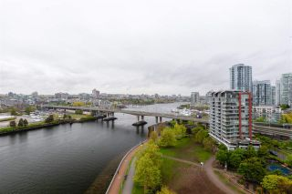 """Photo 32: 1802 8 SMITHE Mews in Vancouver: Yaletown Condo for sale in """"Flagship"""" (Vancouver West)  : MLS®# R2577399"""