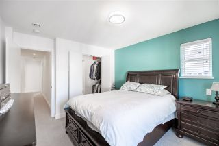 """Photo 16: 74 27735 ROUNDHOUSE Drive in Abbotsford: Aberdeen Townhouse for sale in """"Roundhouse"""" : MLS®# R2485812"""