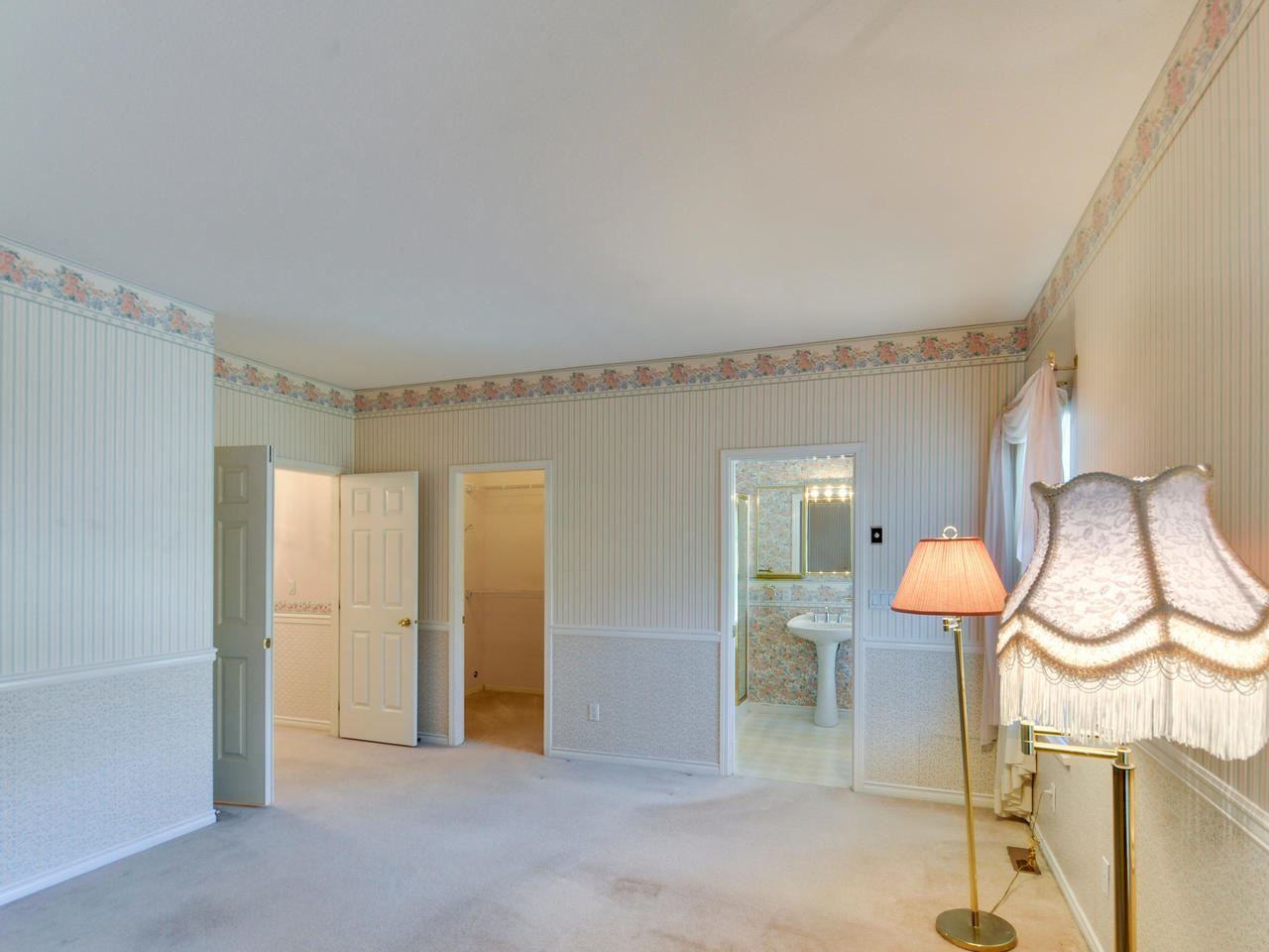 "Photo 12: Photos: 14923 24A Avenue in Surrey: Sunnyside Park Surrey House for sale in ""Sherborrke Estates"" (South Surrey White Rock)  : MLS®# R2374300"