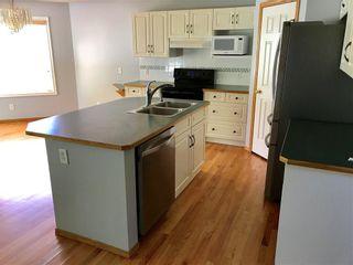 Photo 6: 20 DOUGLAS GLEN Heights SE in Calgary: Douglasdale/Glen House for sale : MLS®# C4109421
