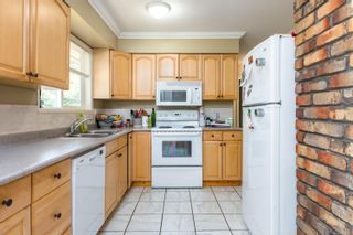 Photo 13: 2223 Strathcona Cres in : CV Comox (Town of) House for sale (Comox Valley)  : MLS®# 876806