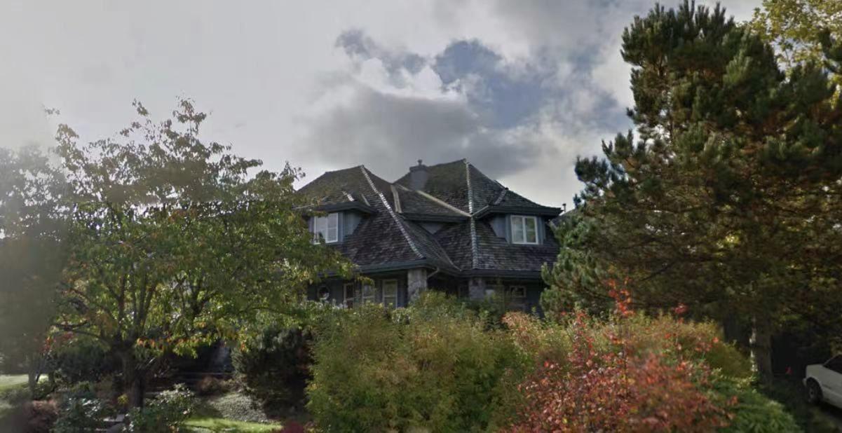 """Main Photo: 3535 MORGAN CREEK Way in Surrey: Morgan Creek House for sale in """"MORGAN CREEK"""" (South Surrey White Rock)  : MLS®# R2575349"""