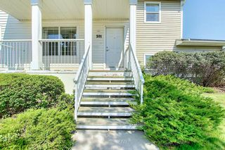 Photo 5: 201 Prestwick Circle SE in Calgary: McKenzie Towne Row/Townhouse for sale : MLS®# A1130382