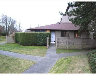 """Photo 1: 101 8040 COLONIAL Drive in Richmond: Boyd Park Townhouse for sale in """"Cherry Tree Place"""" : MLS®# V800665"""