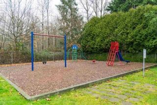 """Photo 3: 60 8220 KING GEORGE Boulevard in Surrey: Bear Creek Green Timbers Manufactured Home for sale in """"Crestway Bays"""" : MLS®# R2509412"""