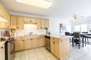 """Photo 10: 2 4740 221 Street in Langley: Murrayville Townhouse for sale in """"EAGLECREST"""" : MLS®# R2577824"""