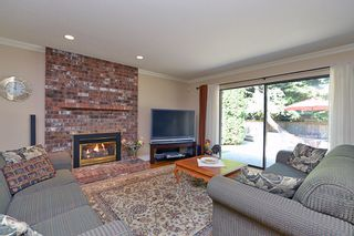 """Photo 21: 13345 18A Avenue in Surrey: Crescent Bch Ocean Pk. House for sale in """"Chatham Woods"""" (South Surrey White Rock)  : MLS®# F1419774"""