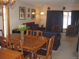 Photo 5: 54 Chornick Drive in WINNIPEG: North Kildonan Residential for sale (North East Winnipeg)  : MLS®# 1500741