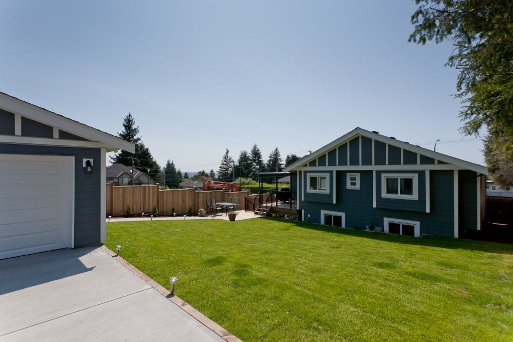 Photo 27: Photos: 369 MUNDY Street in Coquitlam: Coquitlam East House for sale : MLS®# V951722