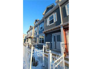Photo 2: 517 10 AUBURN BAY Avenue SE in Calgary: Auburn Bay Townhouse for sale : MLS®# C3603479