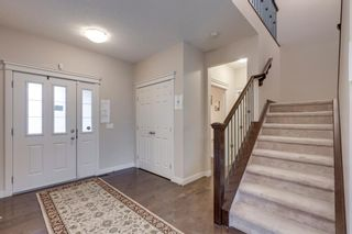 Photo 5: 6 Crestridge Mews SW in Calgary: Crestmont Detached for sale : MLS®# A1106895