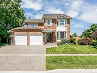 Main Photo: 2025 SUMMER WIND Drive in Burlington: Residential for sale : MLS®# H4030696