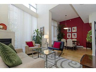 """Photo 3: THB 1207 MARINASIDE Crescent in Vancouver: Yaletown Townhouse for sale in """"The Peninsula"""" (Vancouver West)  : MLS®# V1046022"""
