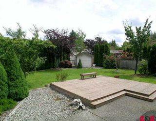 Photo 8: 21541 87TH AV in Langley: Walnut Grove House for sale : MLS®# F2515282
