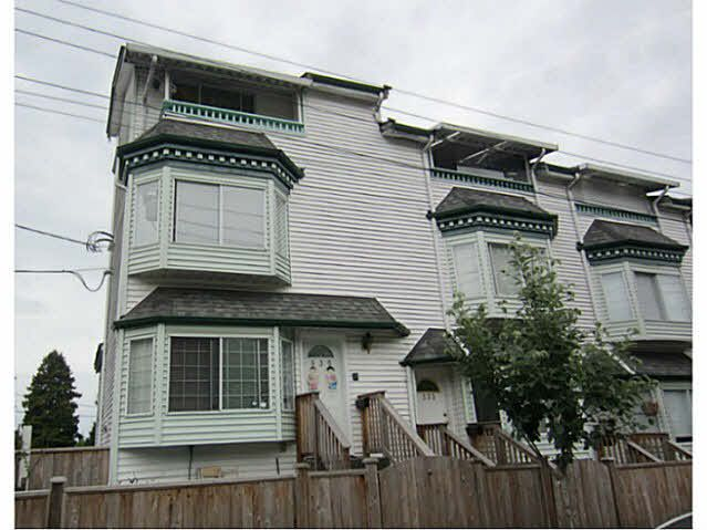Main Photo: 335 Garden Drive in Vancouver: Hastings Townhouse for sale (Vancouver East)  : MLS®# V1128535