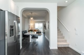 """Photo 12: 13 8476 207A Street in Langley: Willoughby Heights Townhouse for sale in """"YORK By Mosaic"""" : MLS®# R2272290"""