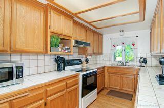 Photo 6: LEMON GROVE House for sale : 3 bedrooms : 1927 Dayton Dr