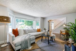 """Photo 3: 19795 38 Avenue in Langley: Brookswood Langley House for sale in """"BROOKSWOOD"""" : MLS®# R2594450"""