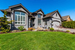 """Photo 1: 3831 LATIMER Street in Abbotsford: Abbotsford East House for sale in """"CREEKSTONE ON THE PARK"""" : MLS®# R2570814"""