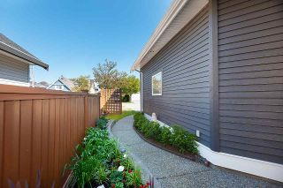 """Photo 3: 11839 DUNFORD Road in Richmond: Steveston South House for sale in """"THE """"DUNS"""""""" : MLS®# R2570257"""
