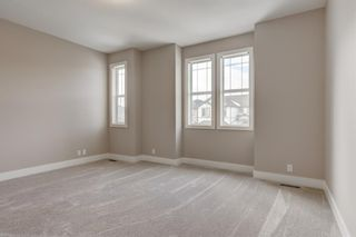 Photo 12: 11 Everhollow Crescent SW in Calgary: Evergreen Detached for sale : MLS®# A1062355