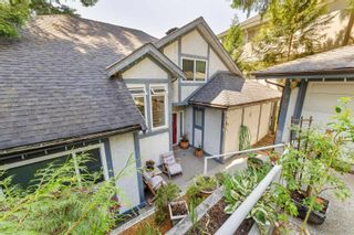 """Photo 2: 2620 CHARTER HILL Place in Coquitlam: Upper Eagle Ridge House for sale in """"UPPER EAGLERIDGE"""" : MLS®# R2600063"""