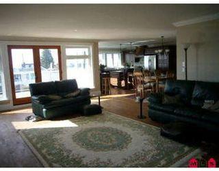 Photo 4: 15542 SEMIAHMOO AV in White Rock: House for sale : MLS®# F2706281