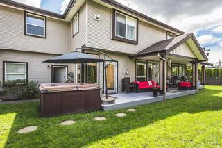 Photo 11: 18411 58 AVENUE in Cloverdale: Cloverdale BC House for sale ()  : MLS®# R2166227