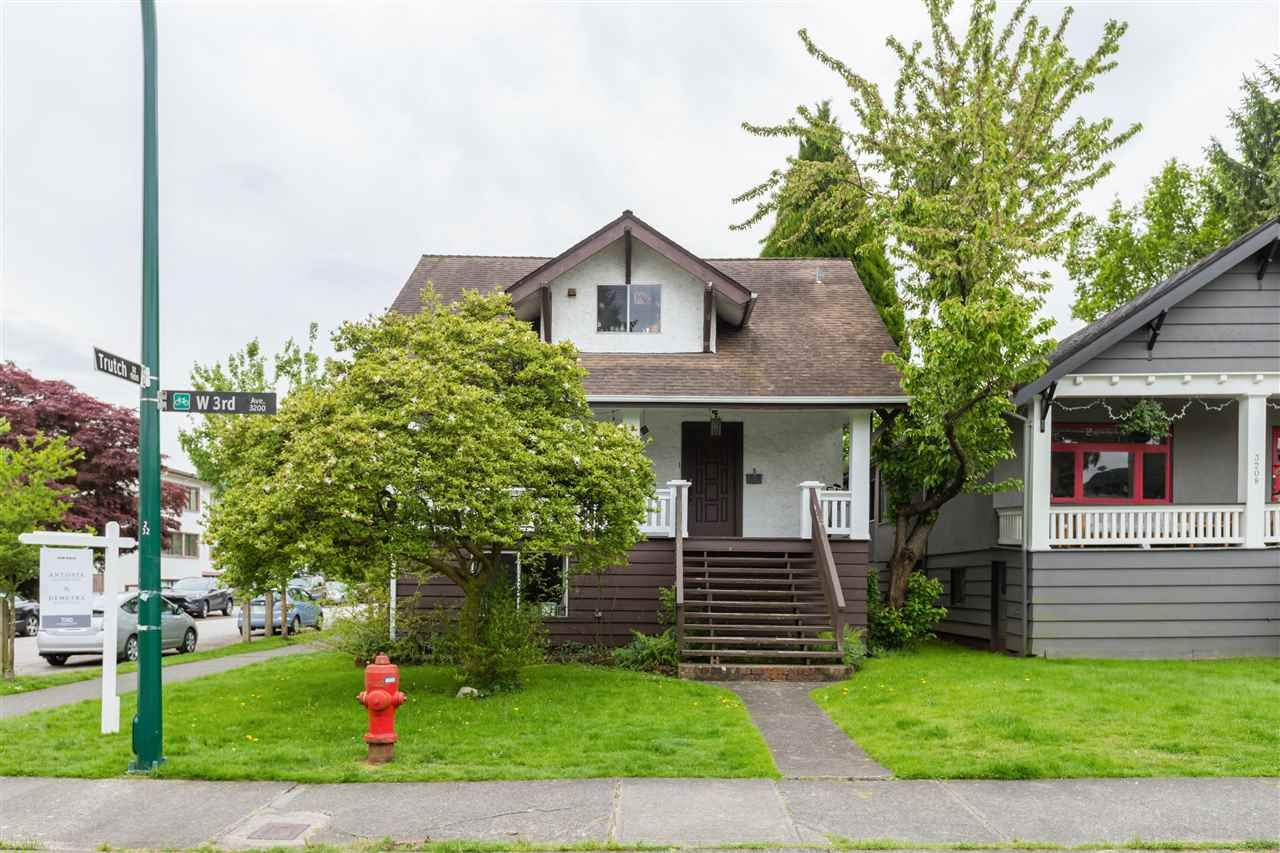 Main Photo: 3206 W 3RD Avenue in Vancouver: Kitsilano House for sale (Vancouver West)  : MLS®# R2588183