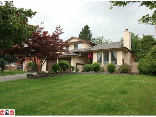Main Photo: 14515 90TH Avenue in Surrey: Bear Creek Green Timbers House for sale : MLS®# F1017882