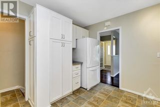 Photo 10: 24 CHARING ROAD in Ottawa: House for sale : MLS®# 1257303