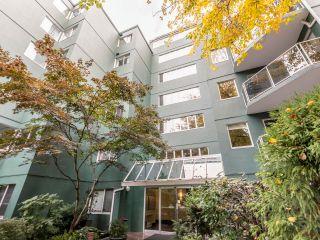 Photo 1: 408 1508 MARINER WALK in Vancouver: False Creek Condo for sale (Vancouver West)  : MLS®# R2625720
