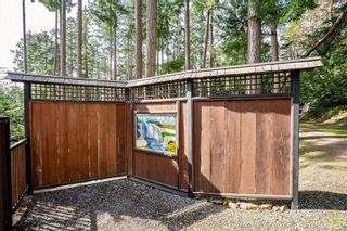 Photo 4: 4730 Captains Cres in : GI Pender Island House for sale (Gulf Islands)  : MLS®# 869727