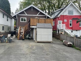 Photo 3: 755 E 21ST Avenue in Vancouver: Fraser VE House for sale (Vancouver East)  : MLS®# R2577744