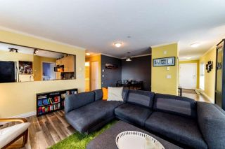 """Photo 4: 129 332 LONSDALE Avenue in North Vancouver: Lower Lonsdale Condo for sale in """"CALYPSO"""" : MLS®# R2295234"""