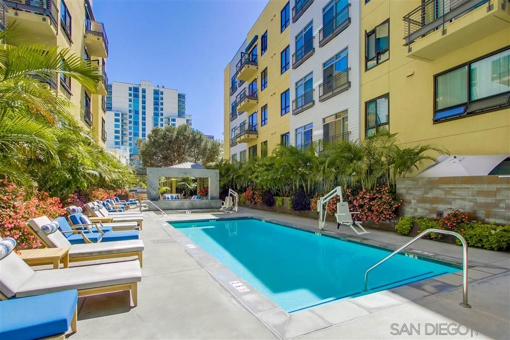 Main Photo: DOWNTOWN Condo for sale : 1 bedrooms : 889 Date St #203 in San Diego