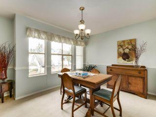 "Photo 11: 77 19160 119 Avenue in Pitt Meadows: Central Meadows Townhouse for sale in ""WINDSOR OAK"" : MLS®# R2549248"