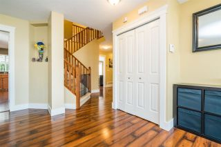 """Photo 3: 32744 HOOD Avenue in Mission: Mission BC House for sale in """"CEDAR VALLEY"""" : MLS®# R2249639"""