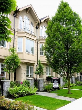 Photo 3: 2957 Laurel Street in Vancouver: Fairview VW Townhouse for sale (Vancouver West)  : MLS®# R2153422