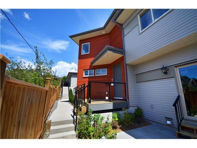 Main Photo: 640 W 15TH Street in North Vancouver: Hamilton 1/2 Duplex for sale : MLS®# V1041139