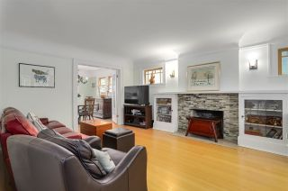 Photo 2: 2391 W 10TH Avenue in Vancouver: Kitsilano 1/2 Duplex for sale (Vancouver West)  : MLS®# R2265722