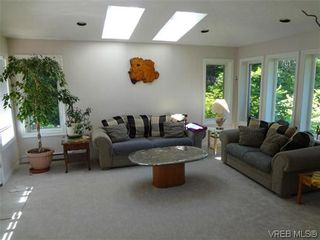 Photo 12: 3220 BEACH Drive in VICTORIA: OB Uplands Residential for sale (Oak Bay)  : MLS®# 313381