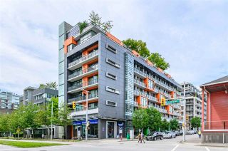 "Photo 1: 703 123 W 1ST Avenue in Vancouver: False Creek Condo for sale in ""Compass"" (Vancouver West)  : MLS®# R2404404"