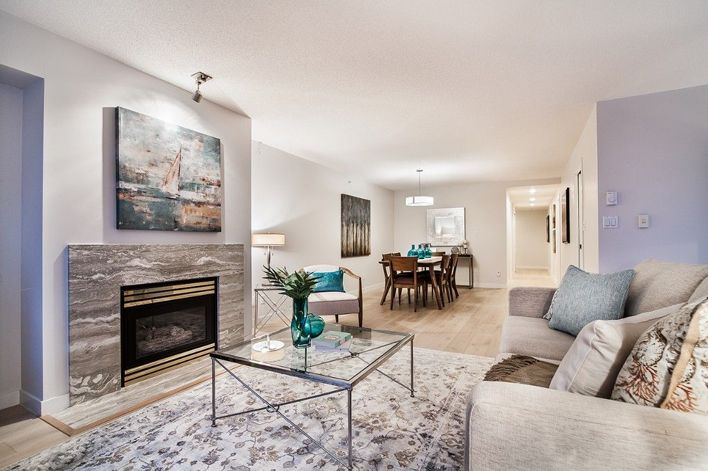 """Photo 12: Photos: 1901 837 W HASTINGS Street in Vancouver: Downtown VW Condo for sale in """"TERMINAL CITY CLUB"""" (Vancouver West)  : MLS®# R2134243"""