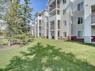 Photo 2: 107 9 Country Village Bay NE in Calgary: Country Hills Apartment for sale : MLS®# A1106185