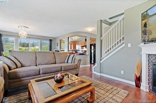 Photo 13: 305 908 Brock Ave in VICTORIA: La Langford Proper Row/Townhouse for sale (Langford)  : MLS®# 839718
