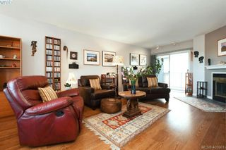 Photo 3: 1 1356 Slater St in VICTORIA: Vi Mayfair Row/Townhouse for sale (Victoria)  : MLS®# 806611