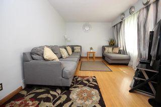 Photo 2: 993 Fleming Avenue in Winnipeg: East Kildonan Residential for sale (3B)  : MLS®# 202003226