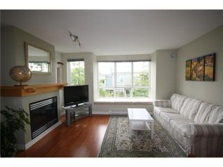 "Photo 2: 6711 VILLAGE Grove in Burnaby: Highgate Townhouse for sale in ""MONTEREY"" (Burnaby South)  : MLS®# V849378"